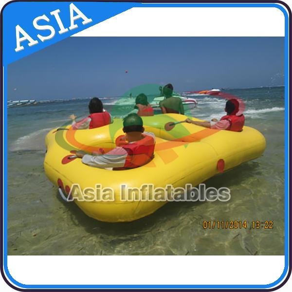 Sealed Towable 4 Person Inflatable Boats Yellow / Blue Rolling Donut Boat