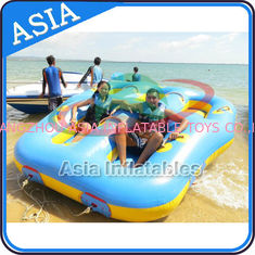 চীন Sealed Towable 4 Person Inflatable Boats Yellow / Blue Rolling Donut Boat কারখানা