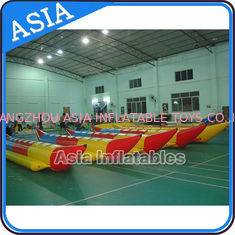 চীন Water Sleds Banana Inflatable Boats Heavy Duty For 6 Passengers Water Games কারখানা