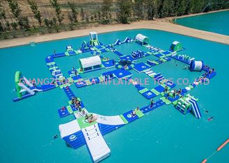 চীন Open Water Inflatable Aqutic Sports Park With 0.9mm PVC Tarpaulin কারখানা