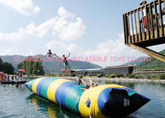 চীন Floating Inflatable Water Trampolines , Lake Inflatable Water Blob কারখানা