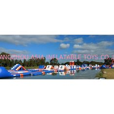 চীন 1500D Waterproof 250 People Inflatable Wipeout Course With TUV Certificate কারখানা