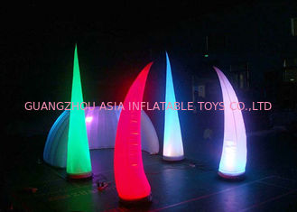 চীন LED Light Inflatable Standing Cone,Lighting Decoration Inflatables কারখানা