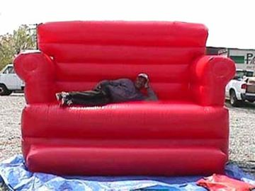 চীন Home Red Pvc Tarpaulin Folded Inflatables Furniture Couch Sofa For Living Room কারখানা
