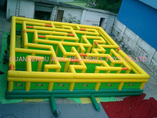 চীন Inflatable Maze Games, Inflatable Tunnel Maze Game For Adults কারখানা